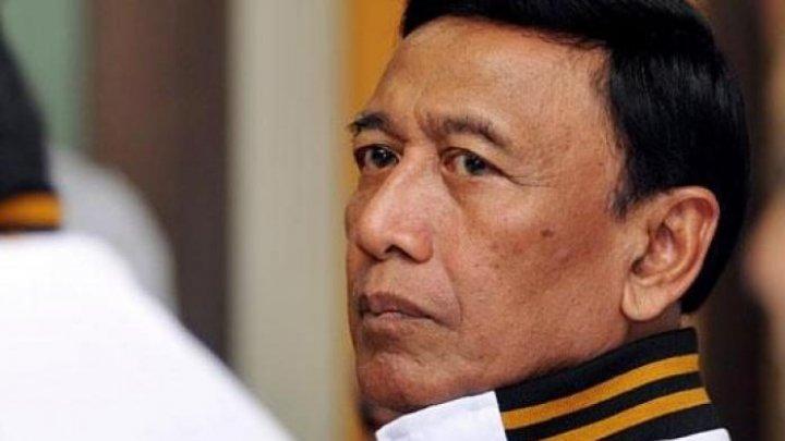 Ministrul indonezian al securităţii, atacat de un bărbat înarmat cu un cuţit (VIDEO)