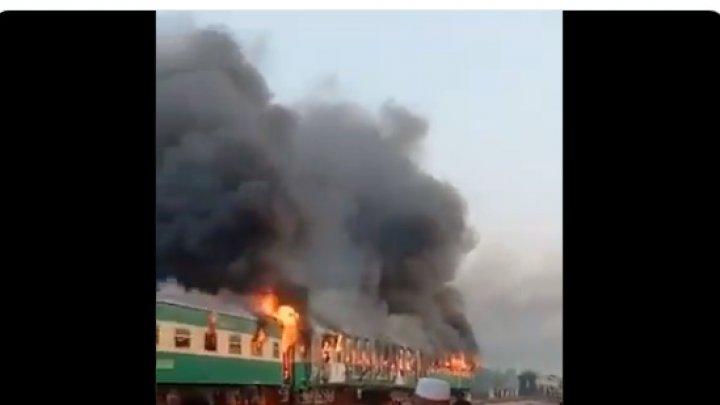 TRAGEDIE. Zeci de morţi şi răniţi, după ce un tren cu pasageri a luat foc (IMAGINI DE GROAZĂ)