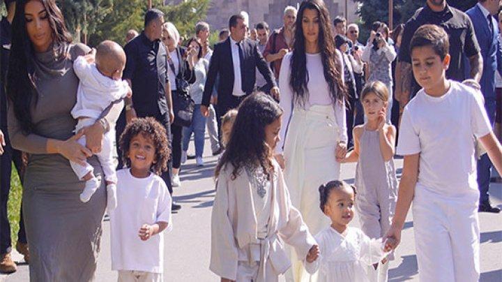 Kim Kardashian și-a botezat copiii în Armenia. Kanye West nu a fost prezent la ceremonie