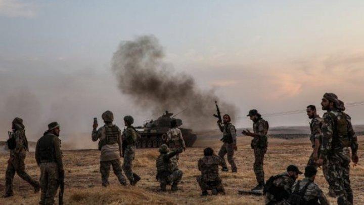 Kurzii se retrag la o distanţă de peste 30 de kilometri de la graniţa cu Turcia