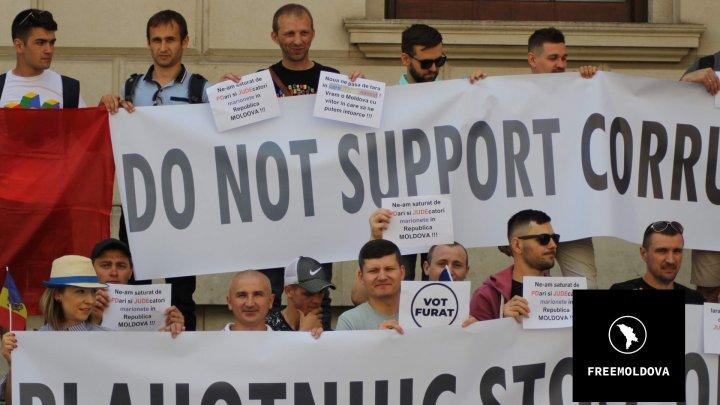 Diaspora EXPLICĂ de ce nu a ieșit duminică la vot