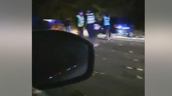 ACCIDENT GRAV pe traseul Hâncești-Chișinău. Doi oameni au fost răniţi. Poliţia, la faţa locului (VIDEO)