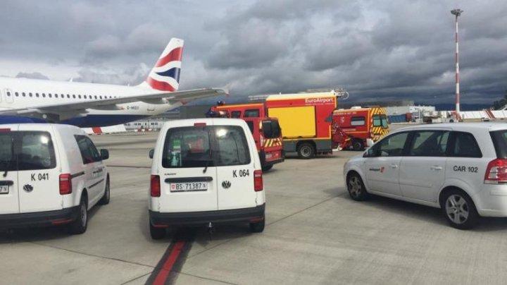 Un avion a aterizat de urgență la Basel. Cabina s-a umplut de fum în timpul zborului