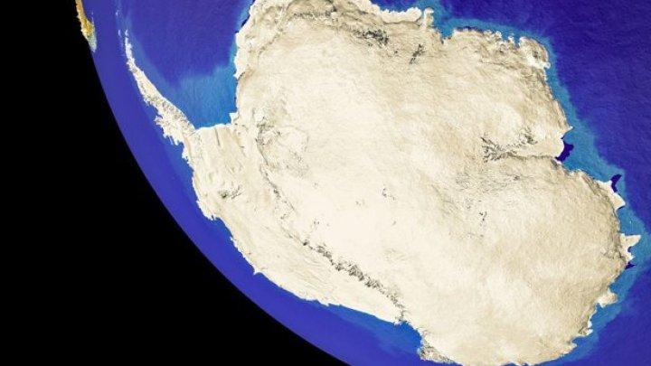Gaura din stratul de ozon de deasupra Antarcticii s-a micşorat