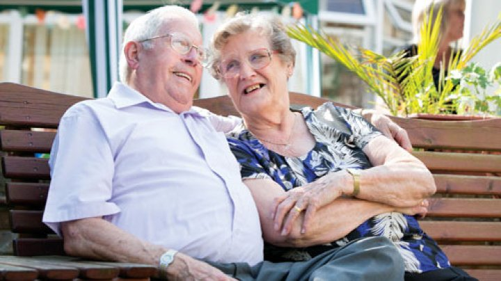Marea Britanie: Roboţii, soluţia pentru îngrijirea vârstnicilor în contextul îmbătrânirii populaţiei