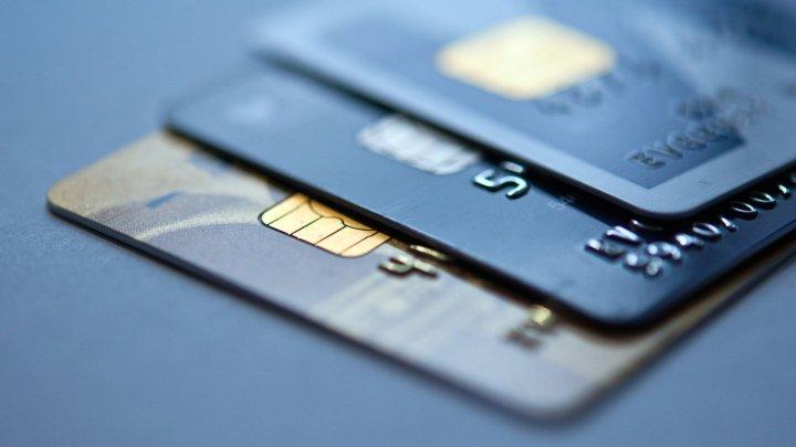 ESCROCHERIE de spargere a conturilor bancare. Moldovenii atenţionaţi să-şi protejeze banii