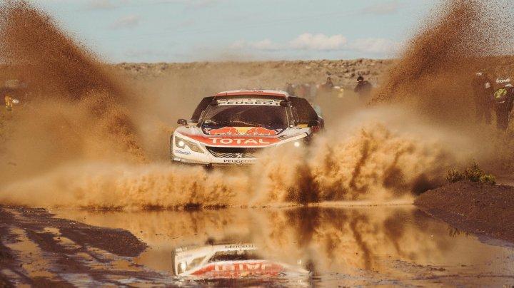 Ahmad Daham, show în Iordania. Pilotul şi-a demonstrat abilităţile cu drifturi superbe pe nisip