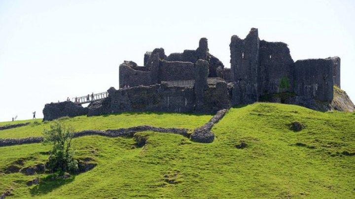 Cum a ajuns un fermier, din greşeală, proprietarul unui castel construit în urmă cu 800 de ani
