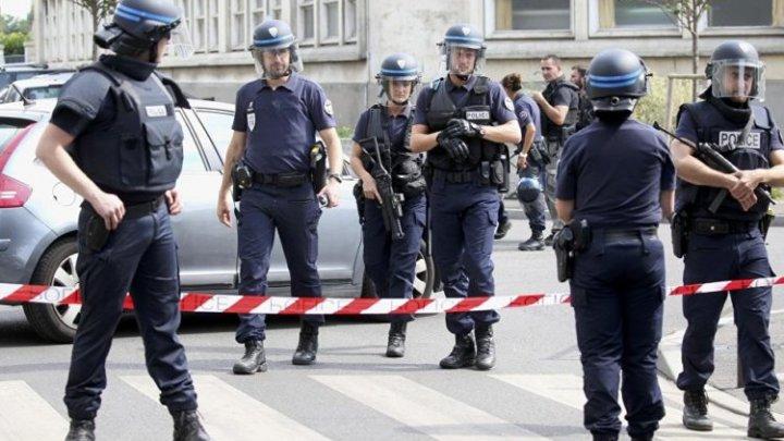 Anchetă comună a forţelor de securitate din Belgia şi Franţa: Nouă persoane, arestate pentru participarea la activităţile unui grup terorist