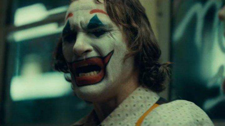 Polițiștii din Grecia fac razii în cinematografe pentru a împiedica minorii să vadă filmul ''Joker''