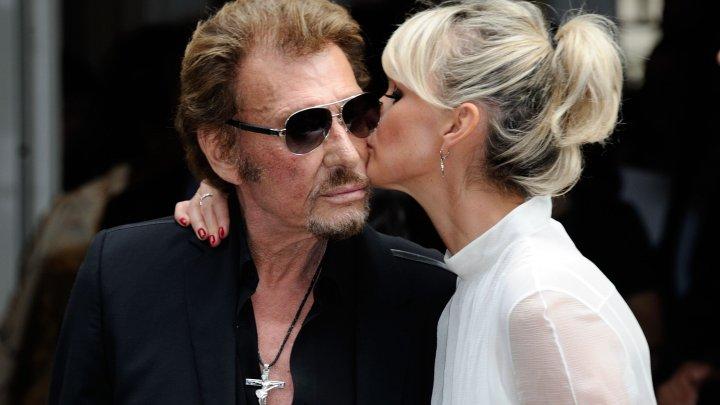 Văduva cântăreţului Johnny Hallyday are un nou iubit. Cine este el