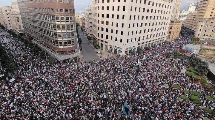 Proteste de amploare în Liban. Sute de mii de oameni au cerut o reformă profundă a statului și schimbarea clasei politice