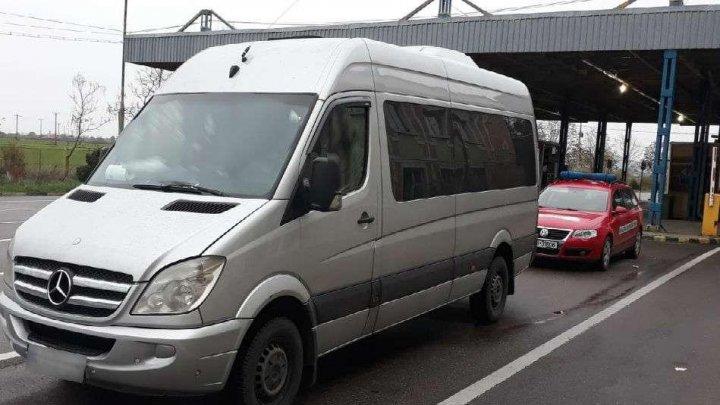 Ghinion pentru şoferul unui microbuz care urma să transporte pasageri din Chişinău în Germania