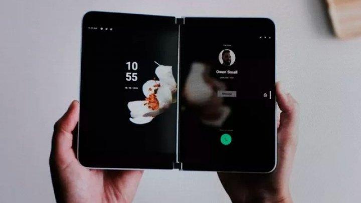 Microsoft anunţă Surface Duo. Un smartphone cu Android şi două ecrane