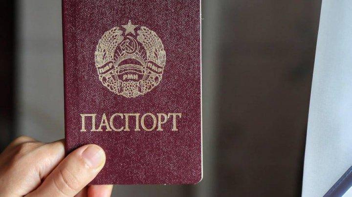 Tiraspolul se pregăteşte să elibereze pașapoarte transnistrene la Moscova