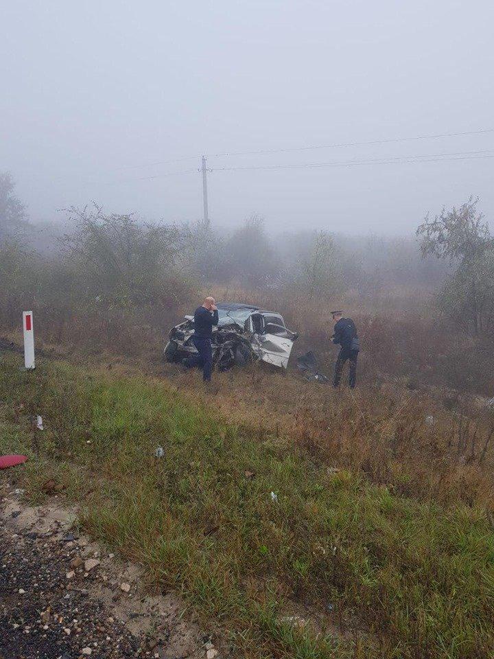 Încă o TRAGEDIE pe şosea. Trei persoane au decedat, în urma unui ACCIDENT GRAV la Căuşeni (IMAGINI DE GROAZĂ)