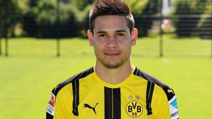 Raphael Guerreiro şi-a prelungit contractul cu Borussia Dortmund până în anul 2023