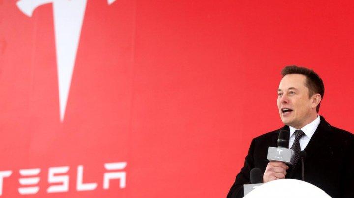 Tesla cumpără o tehnologie de vedere artificială pentru mașinile sale autonome