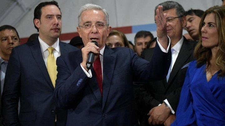 Fostul preşedinte al Columbiei a fost interogat la Curtea Supremă