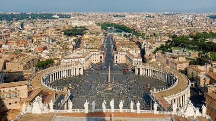 Vaticanul ar fi în pragul falimentului. Ce spun oficialii