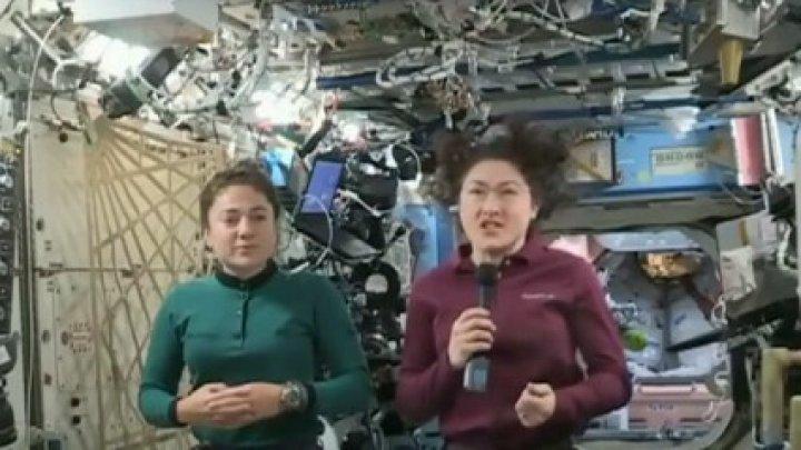Cele două astronaute care au efectuat prima ieşire în spaţiu, felicitate de Donald Trump
