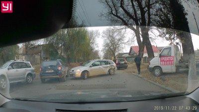 Accident pe strada Munceşti din Capitală. În zonă s-a format ambuteiaj