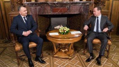 """""""Nu vom face politică"""". Ce a discutat premierul Ion Chicu cu Dmitrii Medvedev"""