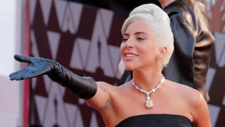 Lady Gaga a confirmat că duetul cu Bradley Cooper la gala Oscar a fost orchestrat ca să arăte ca o poveste de dragoste