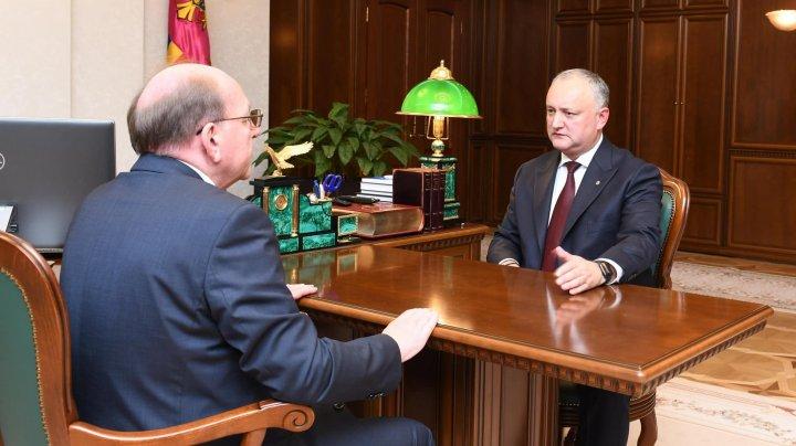 Ce a discutat preşedintele ţării, Igor Dodon, la întrevederea cu Ambasadorul Rusiei în Republica Moldova, Oleg Vasnetsov