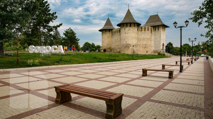 Unde aleg turiștii să se cazeze când vin în Moldova și câte zile stau în țara noastră (GRAFICĂ)