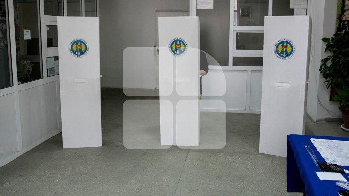 CEC a decis câte secții de votare vor fi deschise peste hotare la prezidențialele din noiembrie
