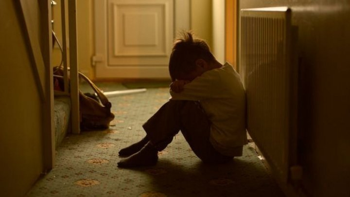 Peste 300 de cazuri de agresiune sexuală faţă de copii, investigate de la începutul acestui an
