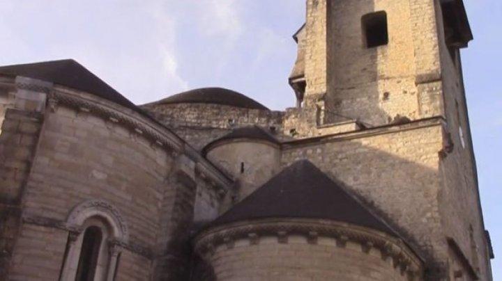 Apelul UNESCO după un furt care a avut loc într-o catedrală din sud-vestul Franţei