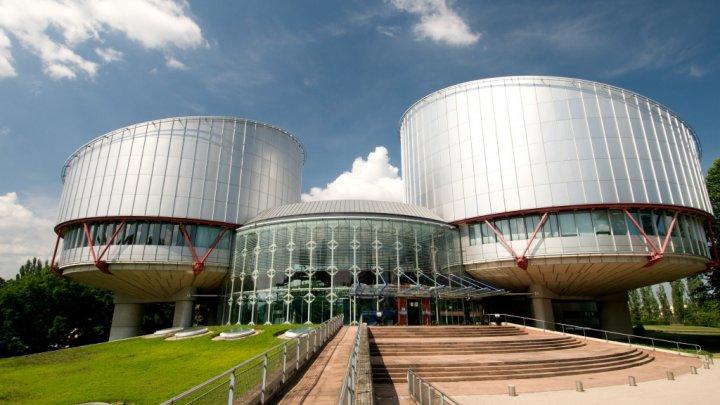O româncă va primi de la stat 10 mii de euro pentru că autorităţile nu au răspuns corespunzător sesizărilor de violenţă conjugală