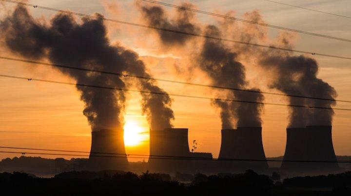Uniunea Europeană vrea să înceteze să mai finanţeze proiecte în domeniul combustibililor fosili