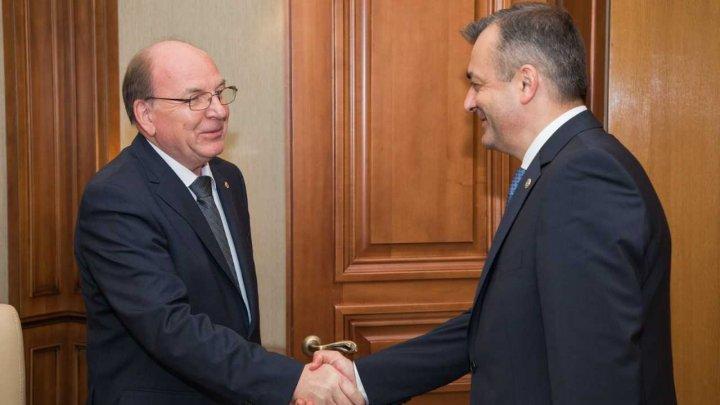 Premierul Ion Chicu a avut o întrevedere cu Ambasadorul Federației Ruse la Chișinău, Oleg Vasnețov