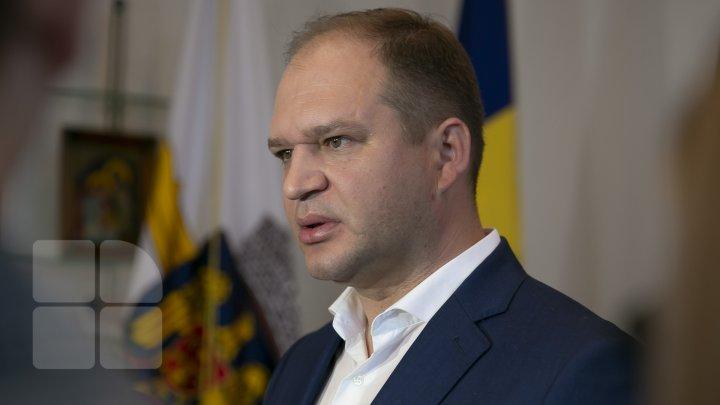 Ceban i-a cerut repetat lui Marcel Zambiţchi să demisioneze de bună voie, în caz contrar va fi demis conform Codului Muncii