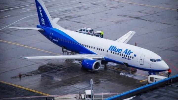 Panică pentru mai mulţi pasageri: Un Avion Blue Air, pierdut 10 ore în ceața Moldovei