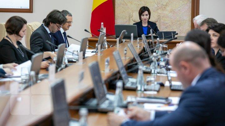 Şedinţa Guvernului Sandu, înaintea examinării moţiunii de cenzură. Vezi ce au decis miniştrii