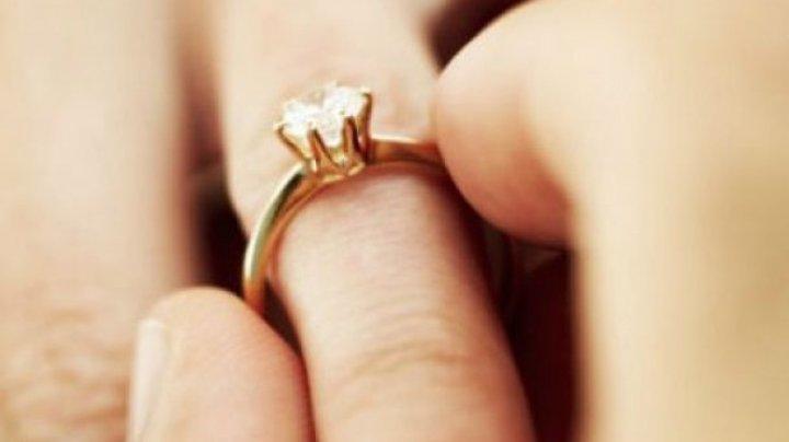Un inel de şapte carate va fi propus spre vânzare de celebra casă de licitaţie Christie's la Geneva