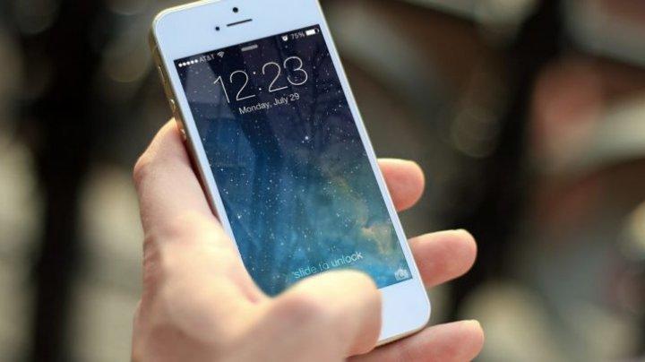 Modelele vechi de iPhone şi iPad vor rămâne, de luni, fără internet