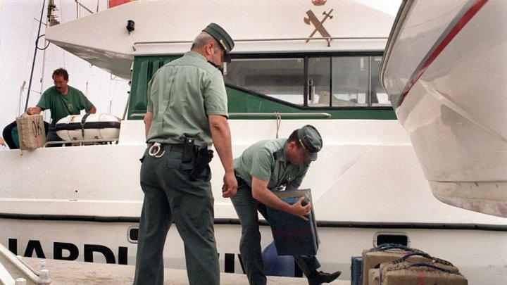 Submarin cu trei tone de cocaină la bord, sechestrat de autorităţi în Spania (VIDEO)
