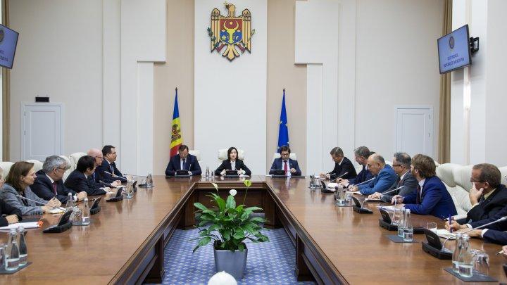 Maia Sandu s-a întâlnit cu 38 de ambasadori acreditaţi