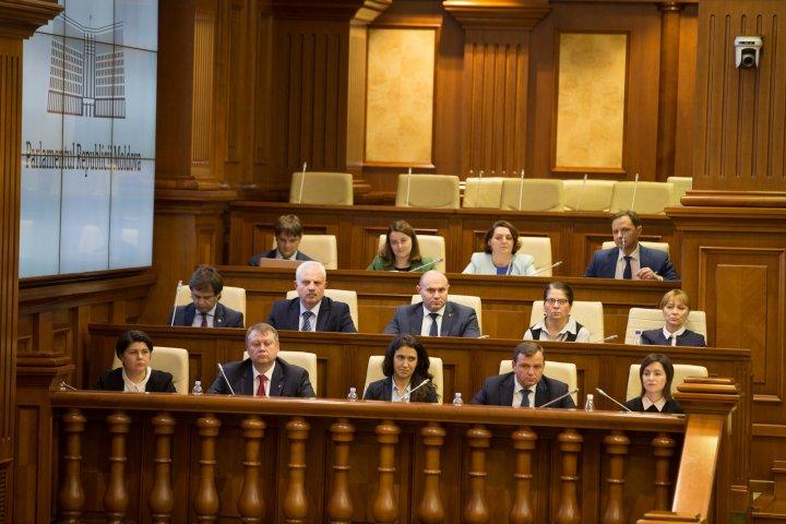 PSRM a înaintat o moţiune de cenzură împotriva Guvernului (VIDEO)