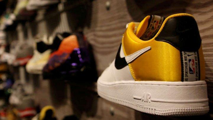 Producătorul american de articole sportive Nike nu își va mai comercializa produsele pe platforma Amazon