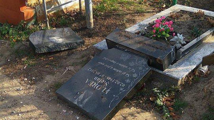 Caz revoltător la cimitirul din Durlești. Un mormânt a fost vandalizat (FOTO)