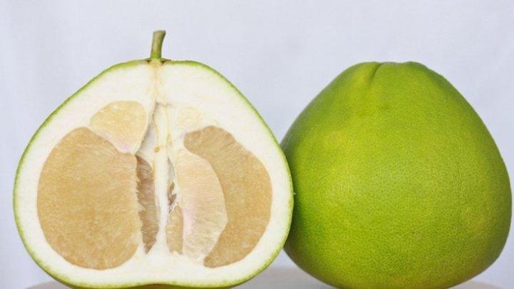 E bine să știi! Fructul care reduce stresul şi combate căderea părului