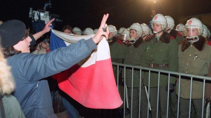 Protest antiguvernamental la Praga. 250 de mii de oameni au cerut demiterea premierului Andrej Babiš