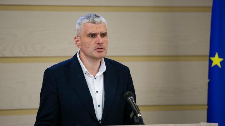 Slusari: Dodon se laudă cu proiectele realizate de Guvernul Sandu