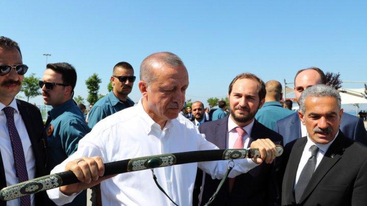 Turcia va trimite înapoi în țările lor toți jihadiștii din Statul Islamic ce au fost capturați